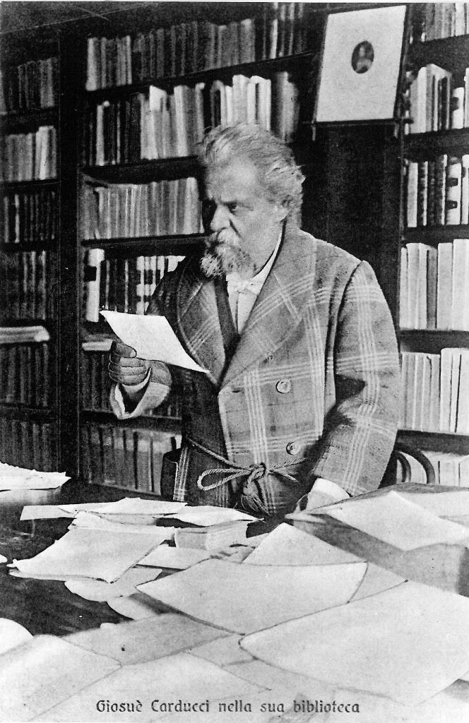 Carducci nella sua biblioteca