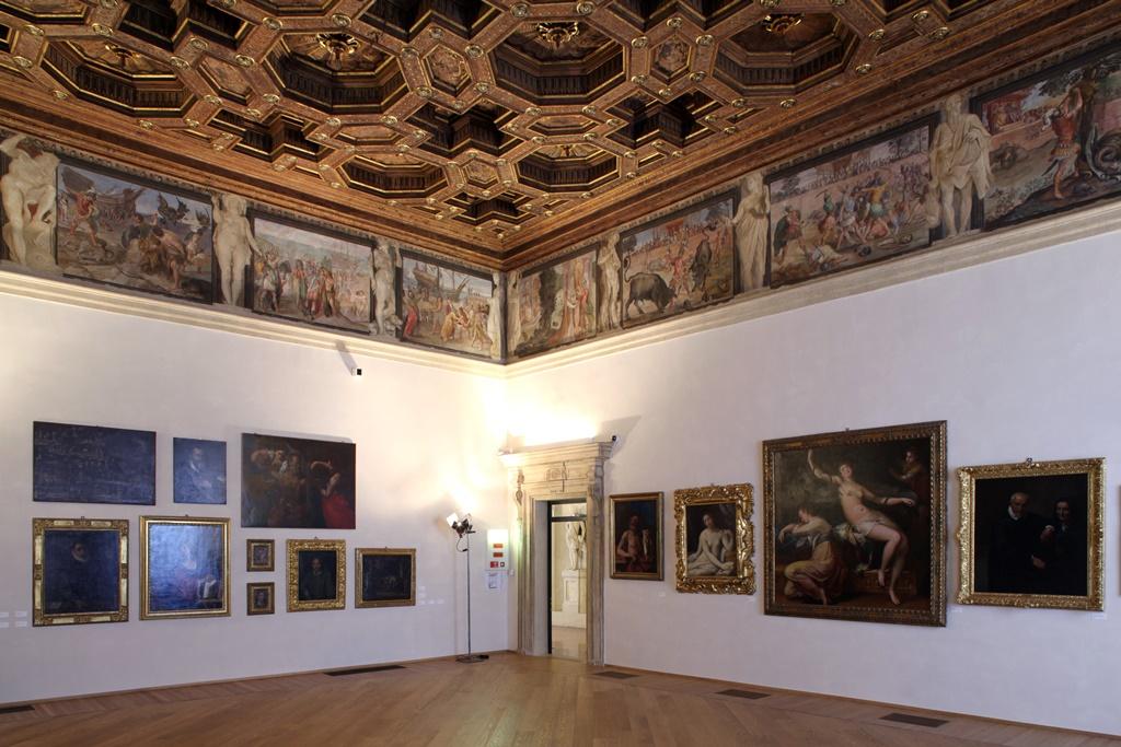 Bologna. Palazzo Fava.