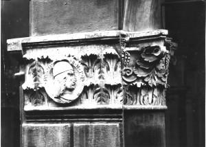 Capitello del Palazzo Giovanni Bentivoglio